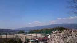 上野城から多羅尾方面を望む